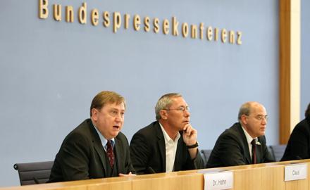Dr. André Hahn am 18. Mai 2009 auf der Bundespressekonferenz
