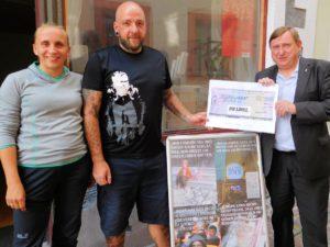 LINKE Bundestagsabgeordnete spenden 500 Euro für AKuBiZ