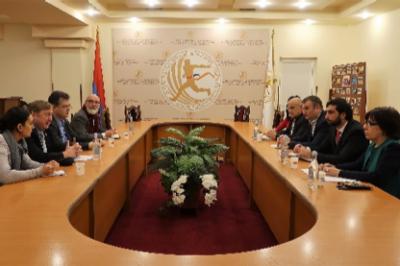 Armenien – leidgeprüft, selbstbewusst und zuversichtlich